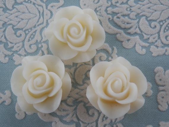 3pcs High Quality Ivory White Resin Rose Cabs 21x21x9.5 - Australia