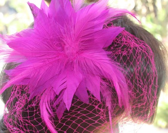 Hot pink    color feather  flower with back pin and clip