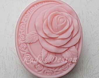 FL045 Only love Soap Mold, soap mold, silicone soap mold (Kudos Design, Kudosoap) Taiwan