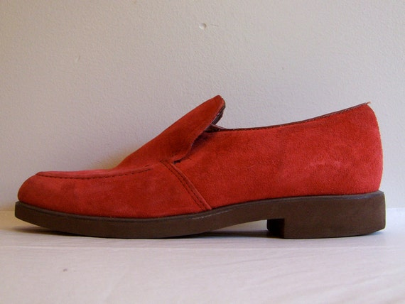 Hush Puppies // Red Suede Loafers // Size Women 8