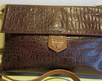 Gorgeous Italian vintage brown leather clutch , evening bag with croco look. Enrico Coveri, Italy