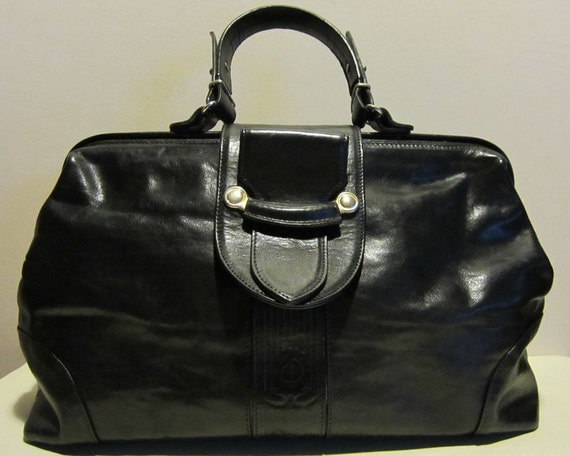 Fabulous vintage doctor's bag in black leather,  Italy