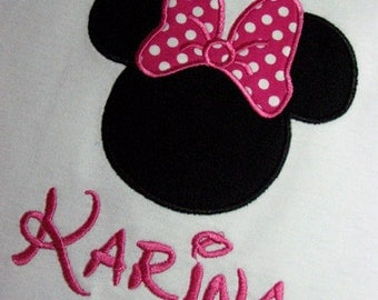 Personalized Minnie Mouse Vacation or Birthday shirt. hot pink and white polka dots.  SHORT SLEEVES