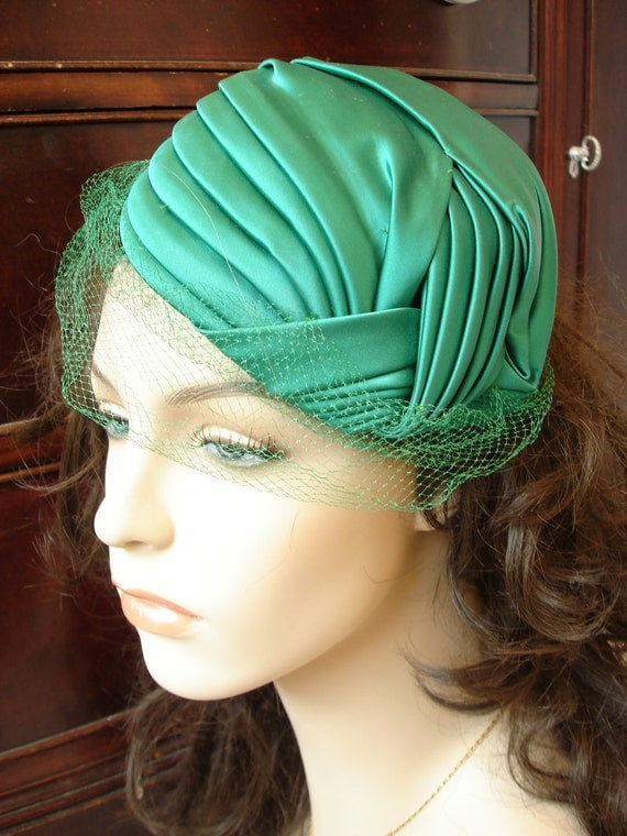 Vintage Netted Pillbox Fascinator Teal Green Satin Knotted Specialty Hat