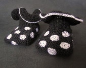 Handmade black white dotted flamenco style baby booties