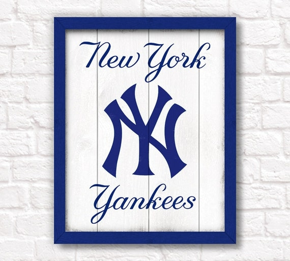 New York YANKEES - rustic wood sign - Yankees fan wall hanging  - Boys room Man cave decor - Fathers Day gift for Dad