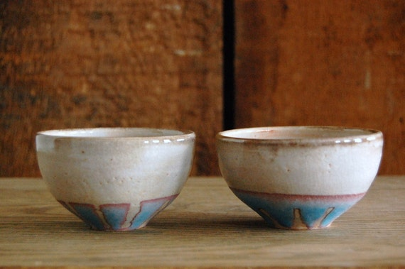 set of white and turquoise dipping bowls