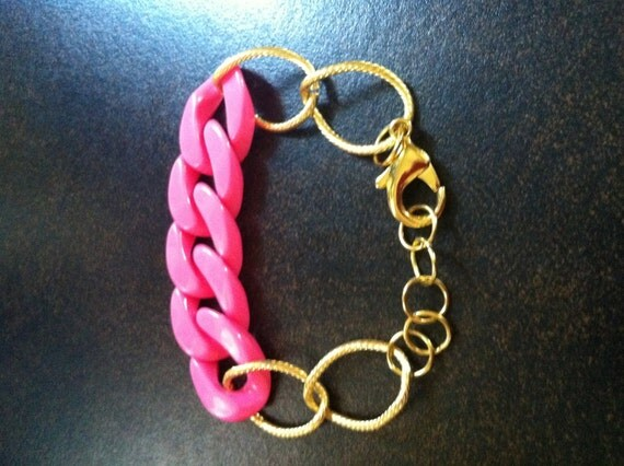 The ARIA in Pink - Delicate Gold Chain and Bright Pink Plastic Chain Bracelet