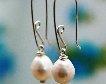 Pearl earrings, sterling silver earrings, bridesmaid earrings, wire wrapped pearl, modern pearl earrings, dangle, hand craftedhooks