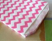 Medium Thin Hot PINK CHEVRON Paper Bags 5 x 7.5 - Set of 20 Candy Buffet Bags
