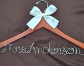Promotional SALE Custom Made Wood Wedding Hanger Personalized Bride Dress Hanger Twisted Wire Name Bridal Shower Gift