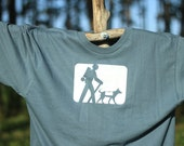 XL Pewter Hiker and Dog Trail Marker Short Sleeve Tagless T-Shirt