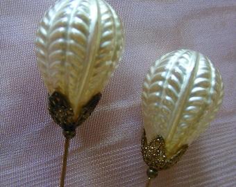 Vintage blown glass pearl hatpins