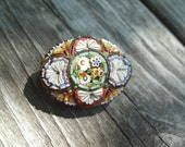 Fine Italian Micro Mosaic Brooch in excellent condition, very detailed