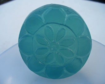 Guest Soap - tea tree oil - glycerin soap  -  blue soap - flower shaped design - travel size - trial size