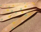 """20 """"Summer's Day"""" Polka Dots Wooden Party Cutlery"""