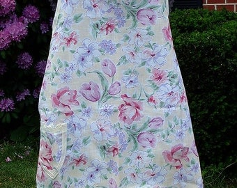 Roses and Tulips Bib Apron