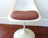 White Swivel Tulip Chair,  Vintage Mid Century, Eero Saarinen Reproduction