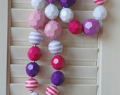 Hello Kitty chunky beaded necklace and bracelet set for girls babies and toddlers pink and purple