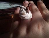 Sweet decoden adjustable ring