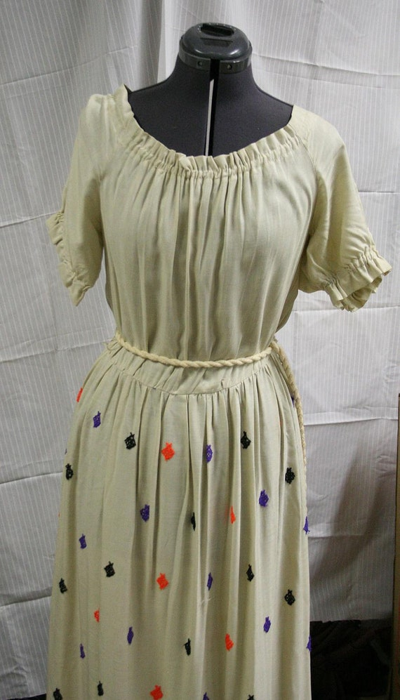 1970s Embroidered Peasant Dress Size 10