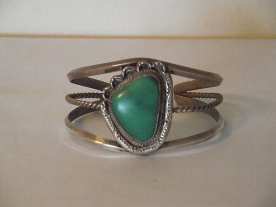 Vintage Native American Silver and Malachite Paw Print Cuff Bracelet