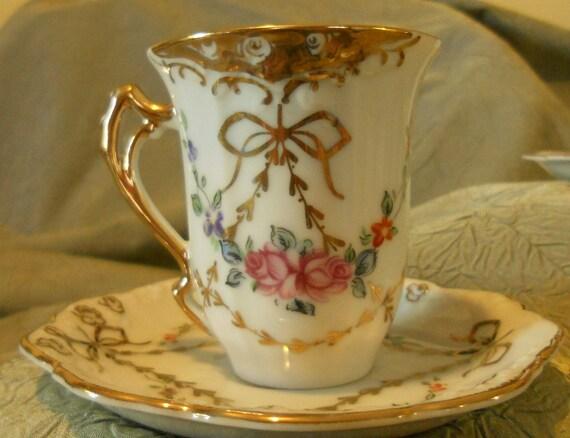 Gorgeous16 Piece Set Antique Royal Crown Demitasse Cups & Saucers - Hand Painted - Japan