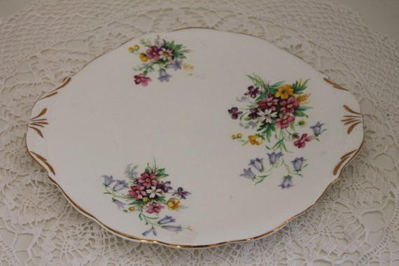 """Bell """"Old Country Spray"""" Bluebell & Daisy Cake Plate"""