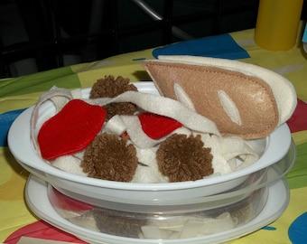 Felt Food - 26 Piece Spaghetti Dinner with Garlic Bread Felt Play Food Set with Container
