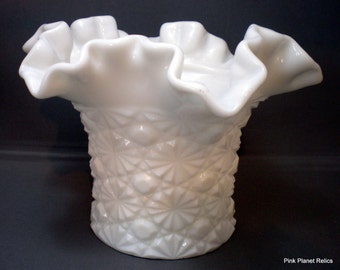 Daisy and Button, Milk Glass, Ruffled Vase