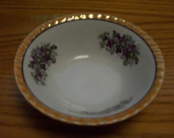 Vintage Yamatsu Peach Luster Vegtable Bowl
