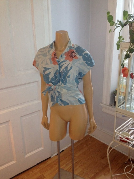 The Tropical Islands Summer Blouse (s/m)