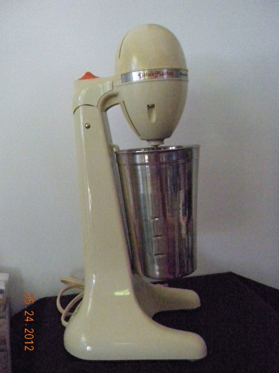 Vintage Hamilton Beach Drink Mixer  Model 727  1950