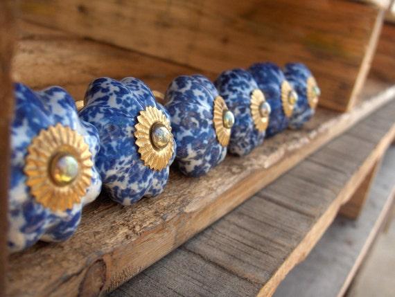 Lot of 6 Beautiful Vintage Blue and White Speckled Ceramic Dresser Drawer Knobs