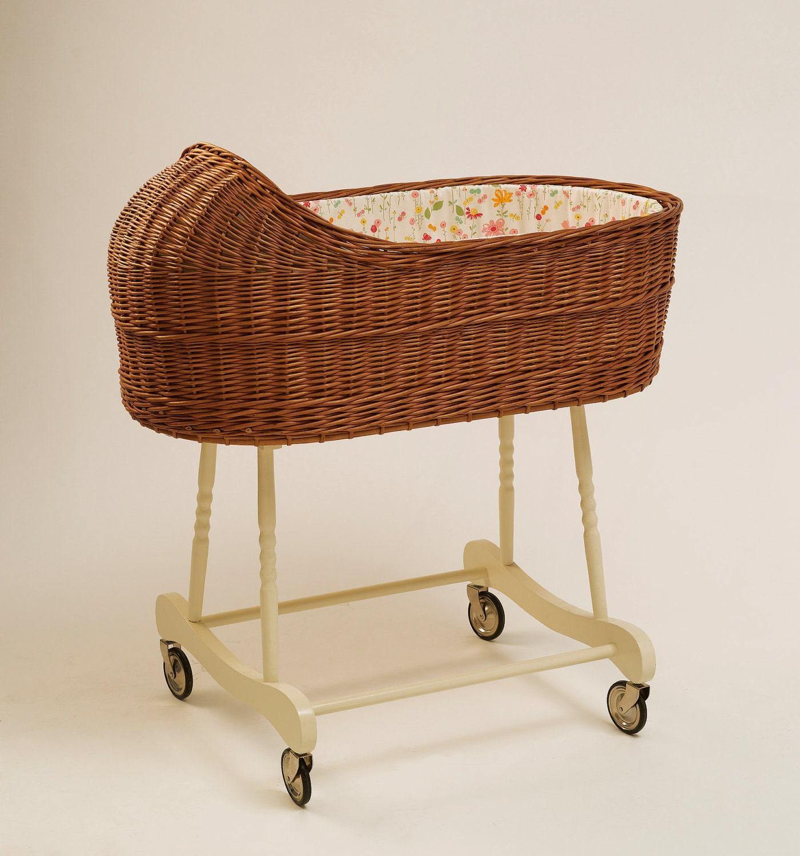 Wicker baby bassinet baby crib fragilis brown for Baby bassinet