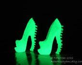 Monster High Shoes - Green Glow-In-the-Dark