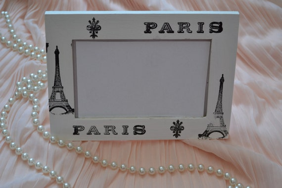 Photo frame - Parisian chic- shabby chic - French country - shabby white - stamped - Eiffel tower