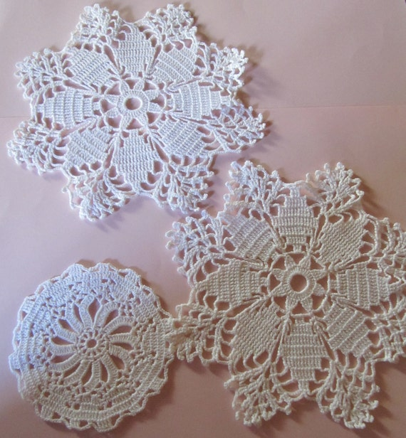 beautiful swedish hand crocheted white  doilies / set of 3