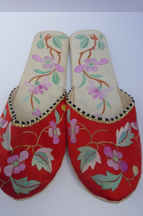 Chinese Slippers Red Satin Embroidered 1950s Size 8