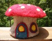 Needle Felted Mushroom Box
