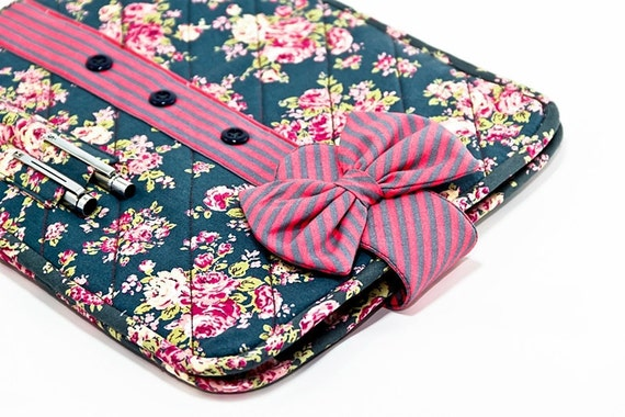 iPad Sleeve, iPad Case, iPad Cover, Tablet Sleeve with Bow - Vintage Flower Printed, Quilt
