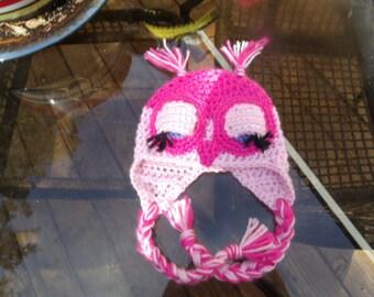 Little Miss Pinky is a sleepy owl