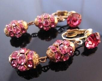Beautiful reddish rose rhinestone vintage costume jewelry earring