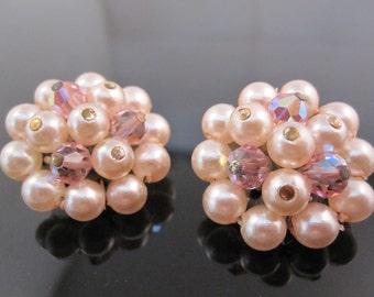 Vintage Laguna pearl earring