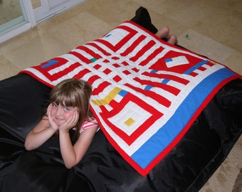 Blue, red and white quilt. A nice gift for 4th of July. Free shipping.Quilt cover travel infantry. Couch cover.