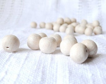 15 mm Natural wooden beads 50 pcs - eco friendly r15mm