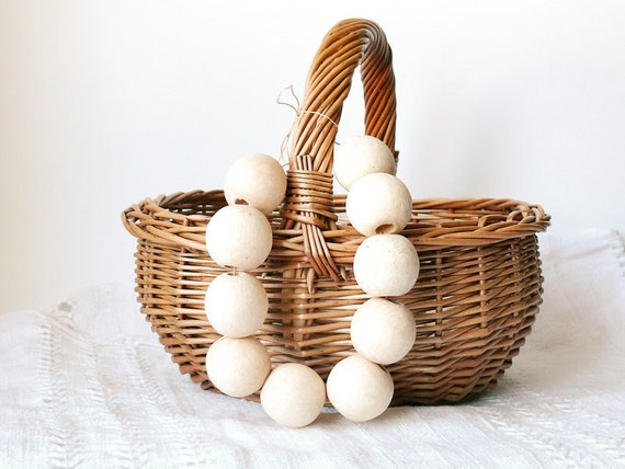 30 mm Wooden beads 10 pcs - big hole 10 mm - natural eco friendly r30mmbh