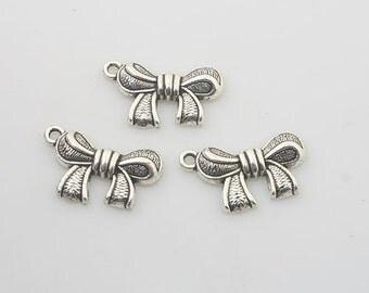 25pcs Tibetan Silve bowknot Charm pendants X0175