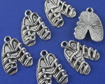 24pcs antiqued silver sandal design pendant charm G1152