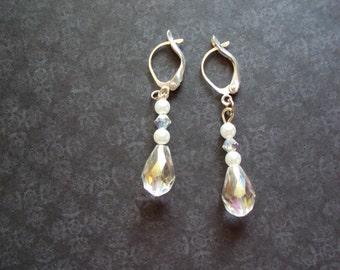 Pearl and Crystal Earrings, Teardrop Dangle Earrings, Bridal Earrings